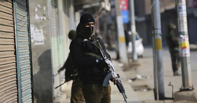 Blast kills 4 Indian policemen in disputed Kashmir
