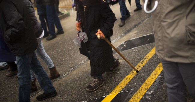 Retirees protest across Spain to demand a pension hike