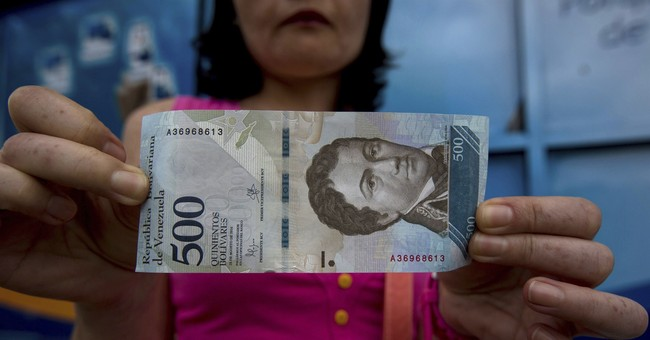 Lawmakers: Inflation in Venezuela tops 2,600 percent in 2017