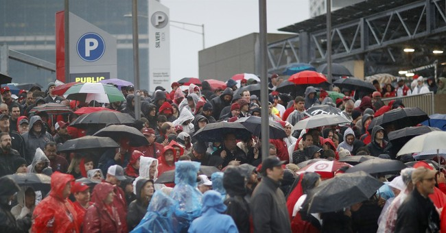 Fans unhappy with long waits to enter championship game