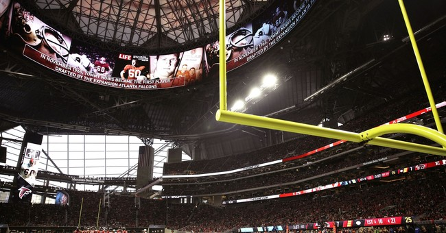 High-tech Atlanta stadium a hit with fans after early woes