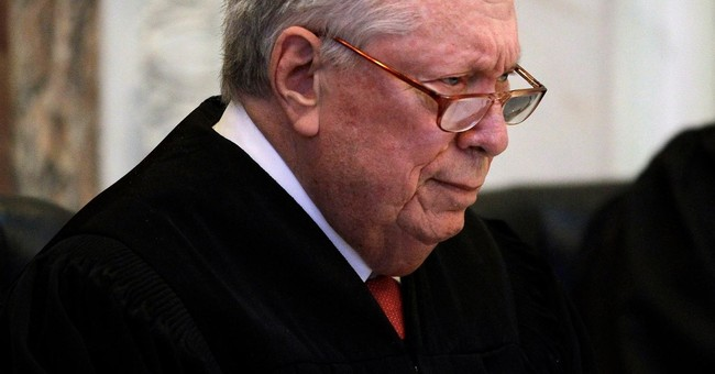 Stephen Reinhardt, liberal circuit court judge, dies at 87