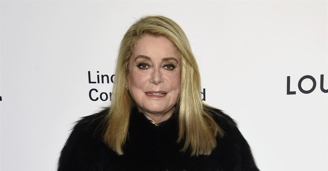 Catherine Deneuve, others defend men's 'right' to seduce