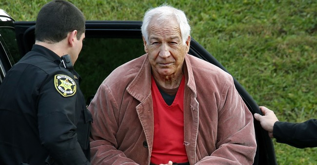 Penn State settles suit over alleged Sandusky abuse in 2007