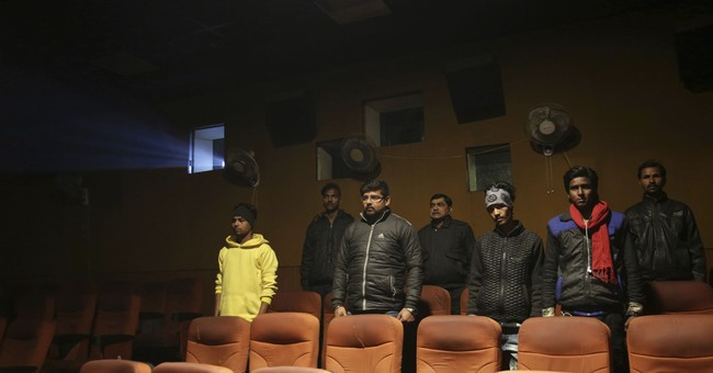 Supreme Court: Theaters do not have to play Indian anthem