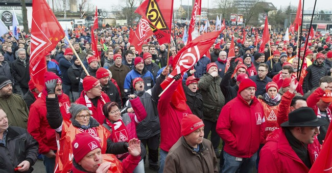 German industrial union demands pay rise amid strong economy