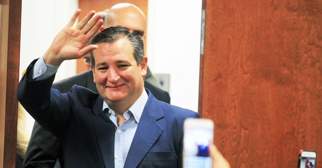 RESIST: New Poll Shows Ted Cruz Crushing His Leftist Media Darling Opponent in Texas