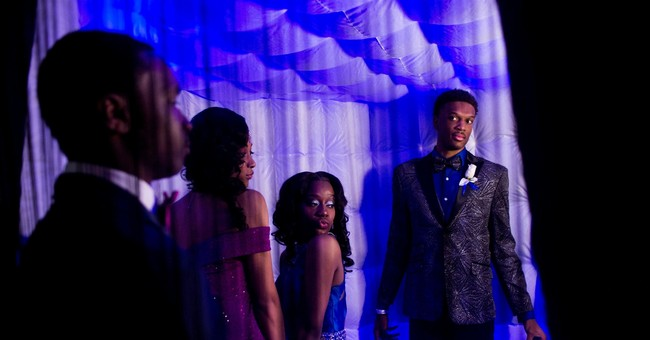 Illinois Task Force Recommends Eliminating Prom Kings, Queens