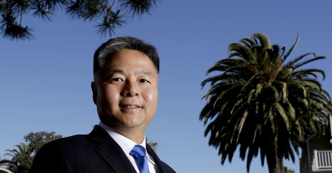 Dem Rep. Ted Lieu Says Trump Pardoning Manafort Would Be 'Grounds for Impeachment'