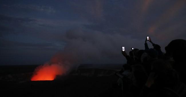 Hawaii volcano eruption costs tourism industry millions