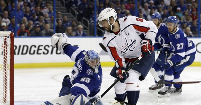 Lightning lead Capitals 4-1 in 3rd