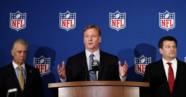 Editorial Board Accuses NFL of 'Plantation Mentality'