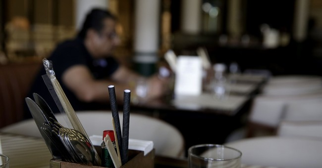 DC Restaurants Could Be Fined $800 For Giving Out Plastic Straws