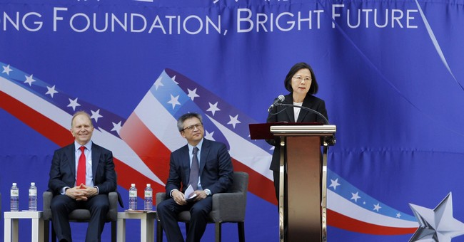 Taiwan Foreign Ministry Ousted from Hong Kong, Looks to the U.S.