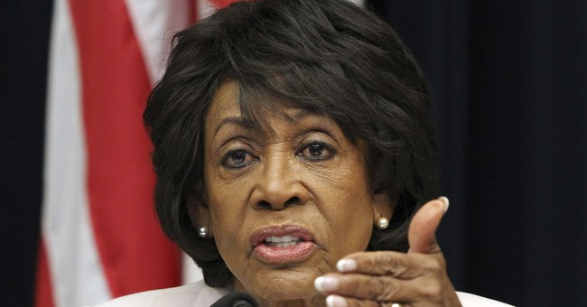Maxine Waters Apologizes—But to Fidel Castro!