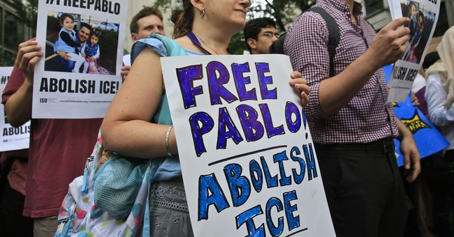 AP Poll: Only a Quarter of Democrats Want to Abolish ICE