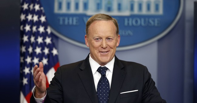 Sean Spicer Will Compete Against the Bachelorette on 'Dancing With the Stars'