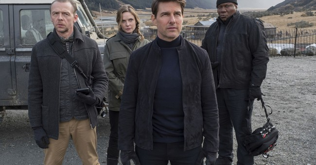 Tom Cruise Screams at Cast of 'Mission Impossible' for Shirking COVID Guidelines
