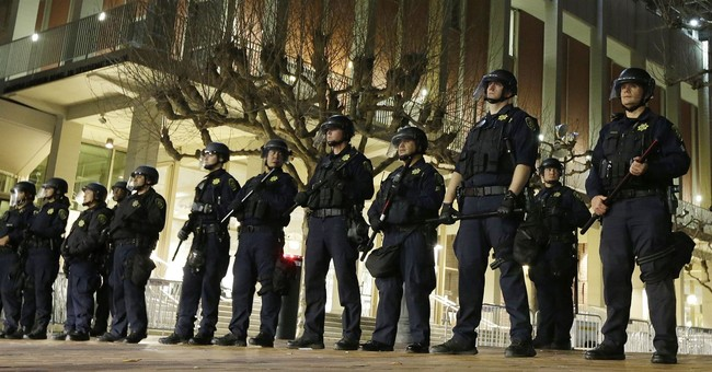 UC Berkeley's 'Diversity' Website Provides Resources for Students to Respond to ICE Sweeps