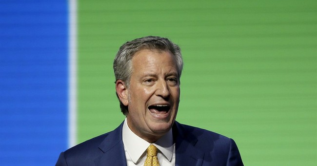 A Last Hurrah for de Blasio's Energy Company Shakedown and White House Aspirations