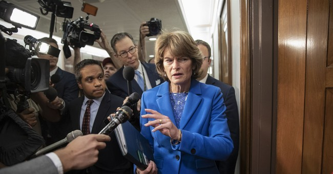 Murkowski Sides With Flake on Delaying Kavanaugh Vote for FBI Investigation