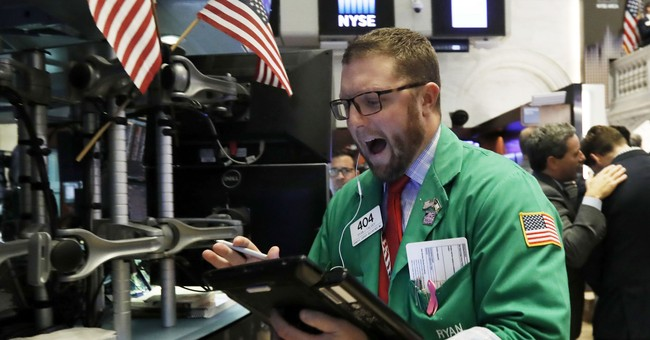 Dow Freefalls 400 Points And Doesn't Trigger A Domino Panic -- Why?
