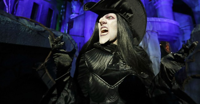 Brooklyn Witches Host 'Ritual to Hex Brett Kavanaugh'