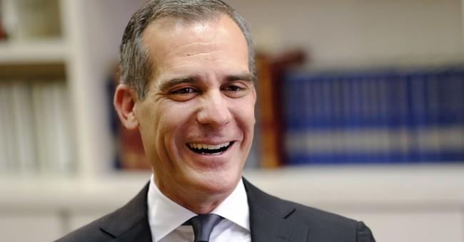 LA Mayor Eric Garcetti Is In Such Hot Water That Even the Biden Campaign Is Distancing Themselves