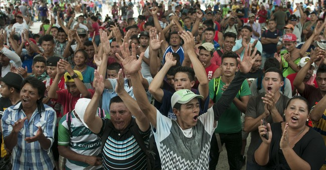 USA to begin cutting aid to Central America