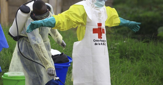 At-risk healthcare workers being vaccinated against Ebola in Uganda