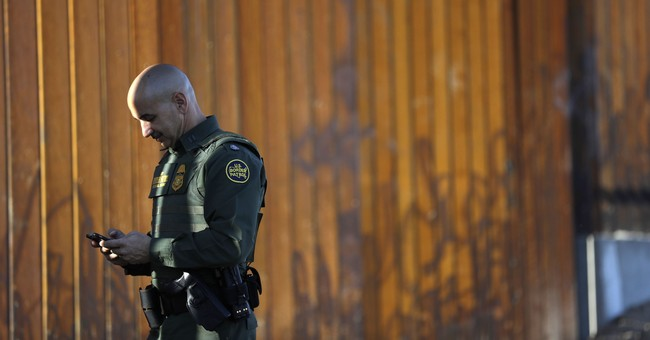 Those Who Donated To The Border Wall GoFundMe Campaign Are Being Refunded. Here's Why.