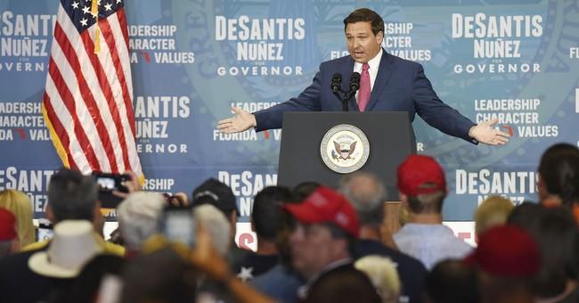 Poll: Majority of Florida Hispanics Support Mandatory E-Verify