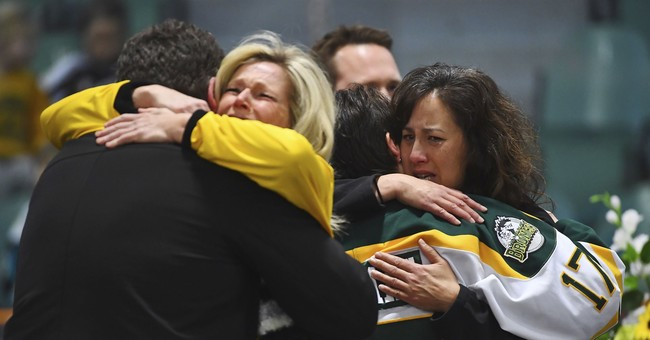 Liberal Writer: Donations To Hockey Team Crash Victims Are High Because Of White Privilege