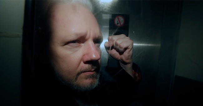 BREAKING: Grand Jury Indicts Wikileaks Founder Julian Assange