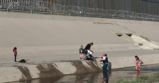 Pro-Life Groups Bring Humanitarian Aid to U.S.-Mexico Border