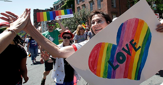 New Jersey Mayor Bans the Gay Pride Flag, & Some Folks are Pipin' Hot Mad - 'The Pride Flag Stands for Inclusion'