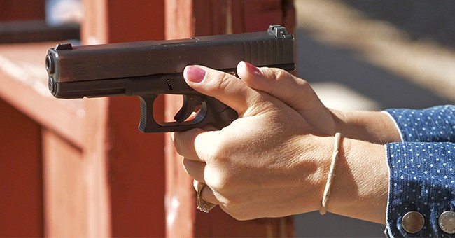 Attacks On College Students Prompt Women To Get Gun Training