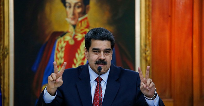 Venezuela's Maduro replaces electricity minister amid blackouts