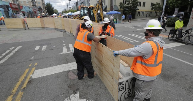Seattle Adds Concrete Barricades To CHOP