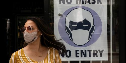 Researchers Retract Study Touting Efficacy of Mask Mandates