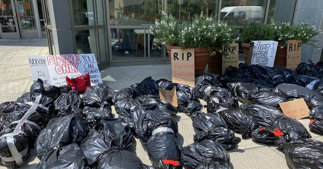 DC Teachers Line Up Body Bags to Protest School Reopening