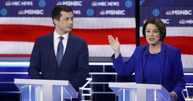 Klobuchar's Epic Reaction to Buttigieg Speaking Spanish at the Debate
