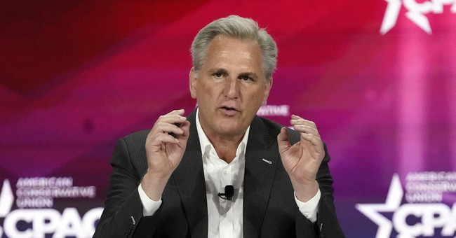 Kevin McCarthy Has a Hot Mic Moment, Speaks Absolute Truth About Liz Cheney