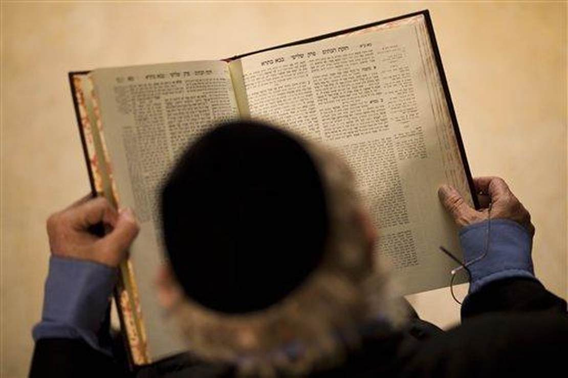 Why Greeks Hate Jews, or Talmud and Tragedy