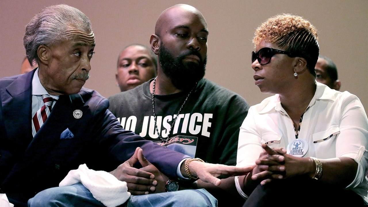 Brent Bozell - The Media's Sharpton Agenda in Ferguson