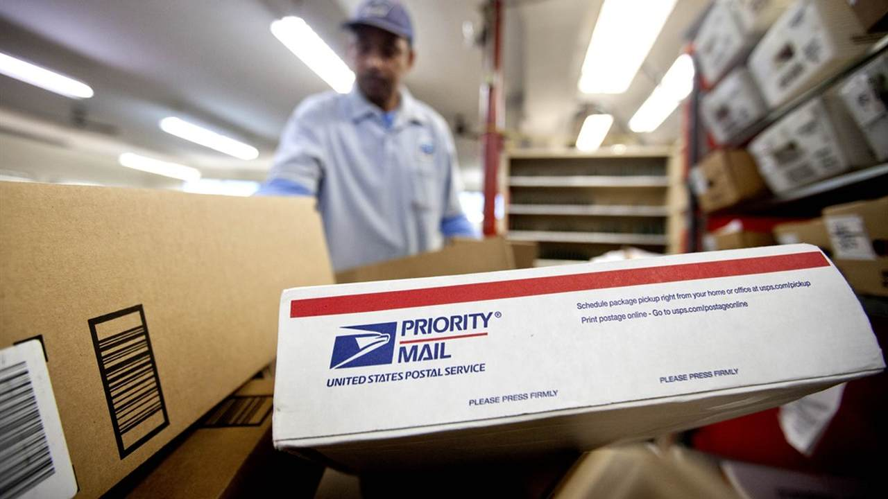 the united states postal service should be privatized Which country has the world's best postal on feb 6, the united states postal service made the long ordering the privatization of japan post in.