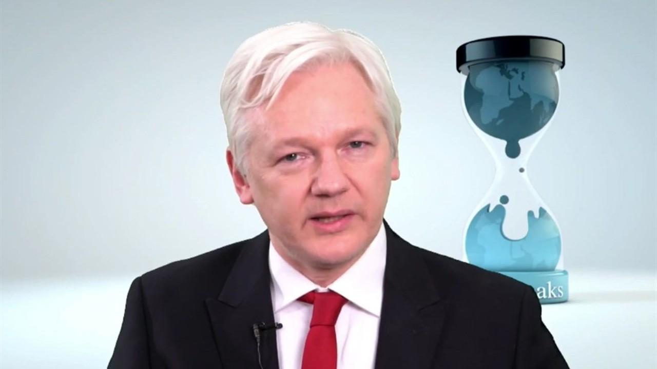 US Reportedly Seeks Warrant for the Arrest of Wikileaks Founder Julian Assange