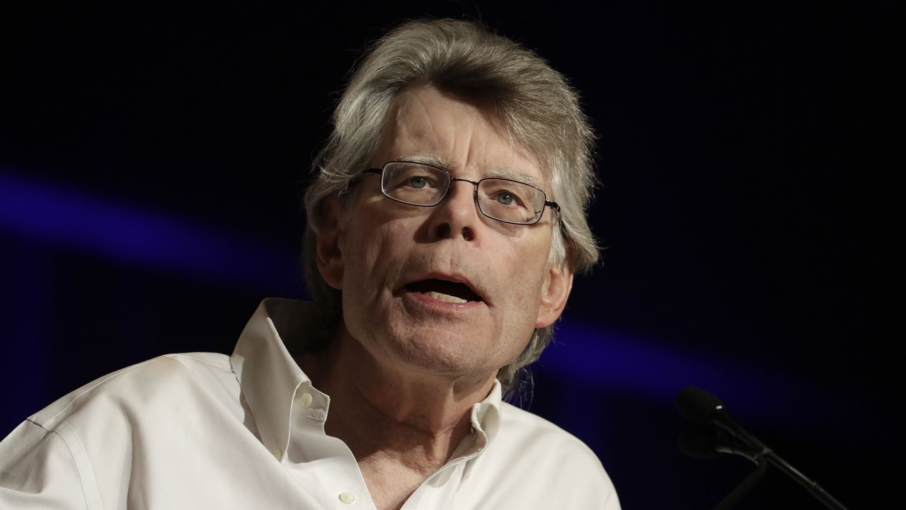 After Last Week's Sexist Tweets, DSCC Uses Stephen King to Fundraise Against Susan Collins