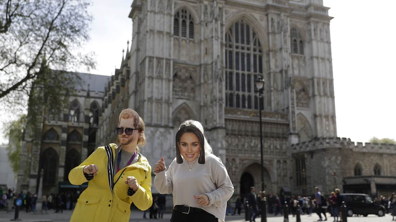 Hotels giving the royal treatment in honor of royal wedding - AP News - Breaking...