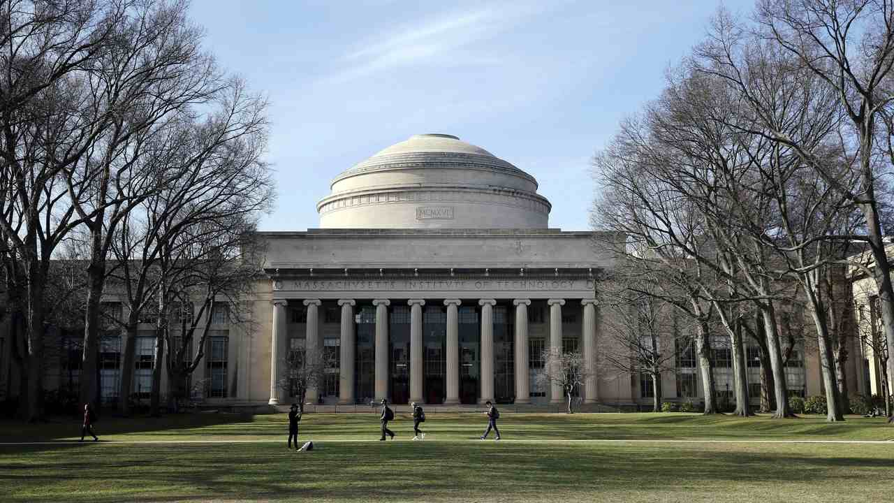 Students at MIT Take Mandatory Diversity and Sexual Assault Training Before Enrolling in Classes